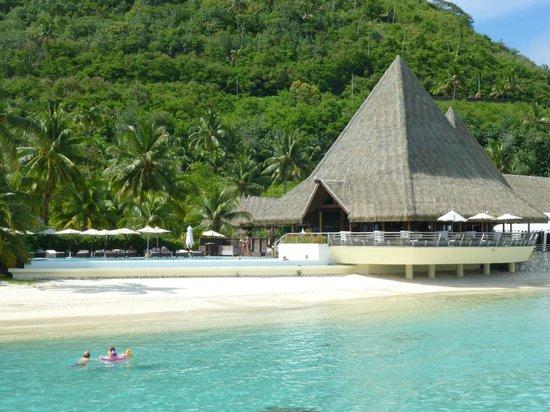 Sofitel Moorea Ia Ora Beach Resort:                                     Spa beach & pool