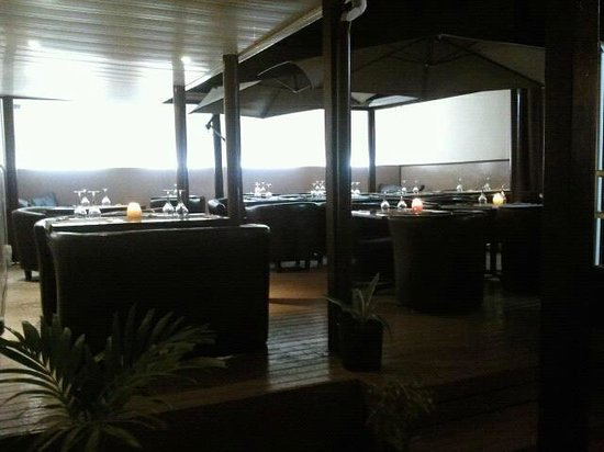 Bacchus Bar : Bacchus by night
