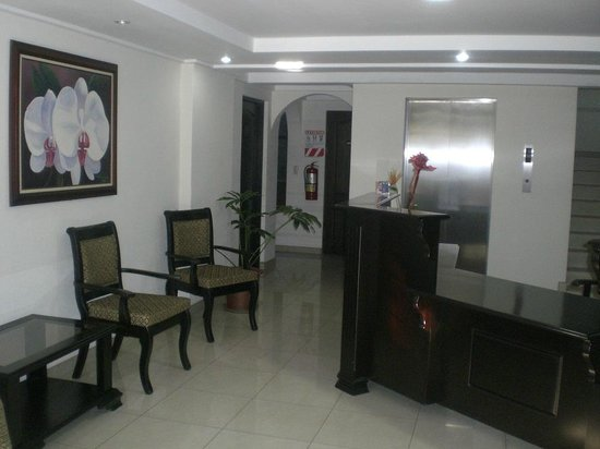 Hotel Plaza Real Apartments & Suites: Lobby