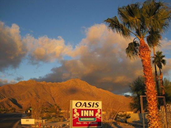 Oasis Inn Borrego:                   Gorgeous Views