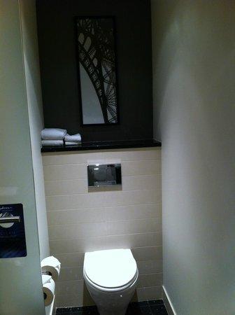 Radisson Blu Aqua Hotel : Bathroom