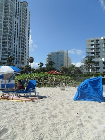 Lexington Hotel - Miami Beach: Playa del hotel