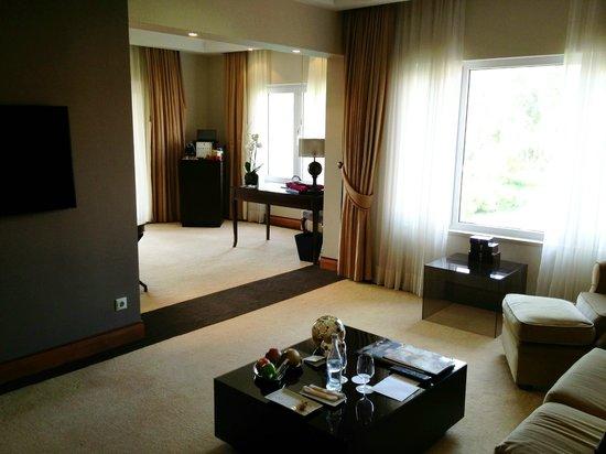 Penha Longa Resort: Corner suite