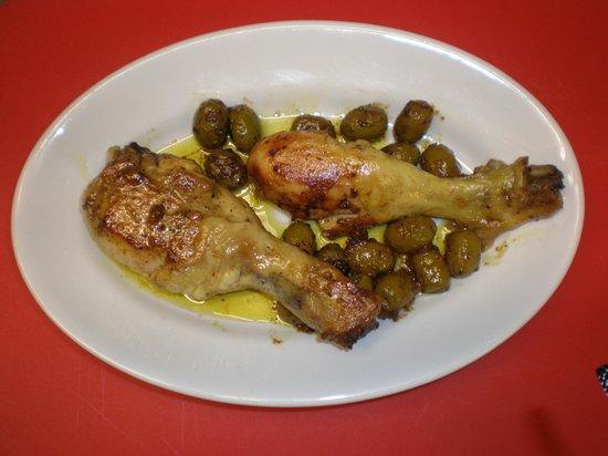 Osteria Vicolo Cieco: pollo con olive piccanti