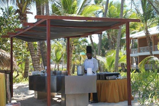 TRS Turquesa Hotel:                   un genio paella en la playa