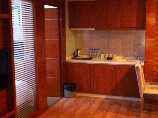 Yihe Business Hotel:                   my suite