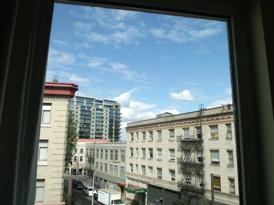 Mark Spencer Hotel:                   view from living room window