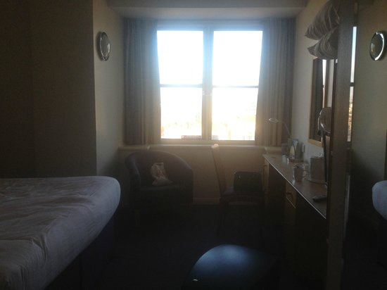Premier Inn Glasgow City Centre (Charing Cross) Hotel:                                     Room on 11th floor