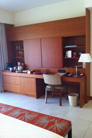 Mauna Kea Beach Hotel, Autograph Collection:                   bedroom credenza
