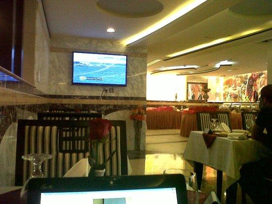 Sharjah Palace Hotel: restaurant