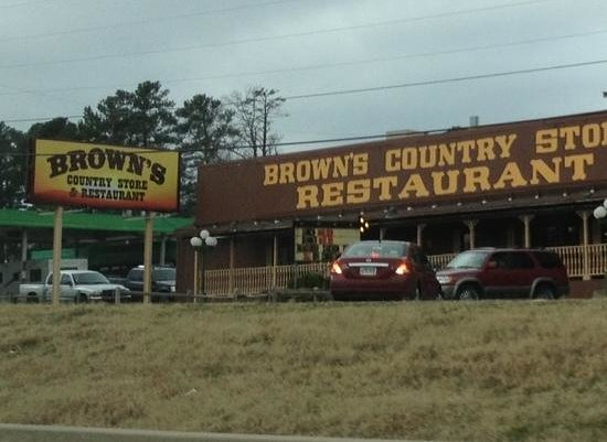 Brown's Country Store & Restaurant: Turn Around at Congo Road if Heading East!