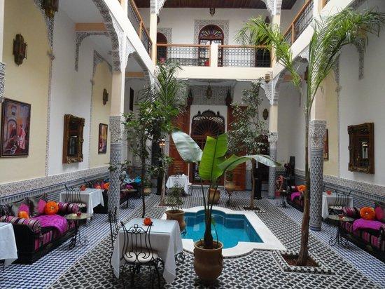 Riad Eleganza Fes:                   Interior view