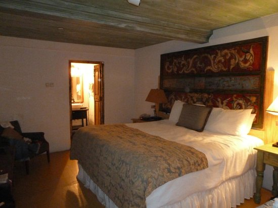 Las Palomas Inn Santa Fe:                                     Room