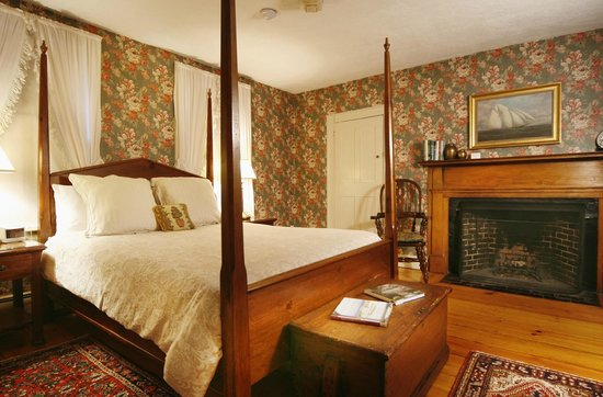 The Carlisle House Inn: Sankaty Queen Room with Private Bath