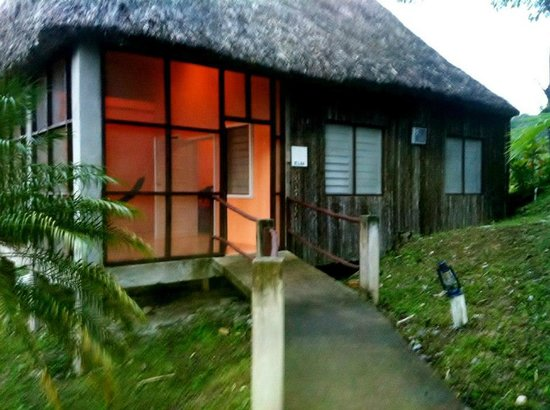 Cahal Pech Village Resort:                                     bungalow