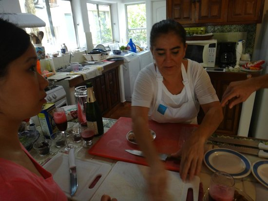 Food Motion Cooking Workshops:                   Chef Andrea in action