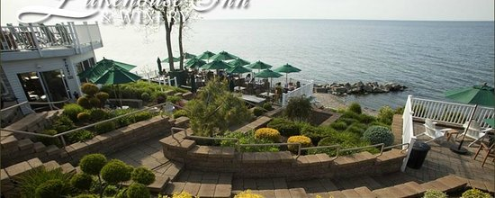 Geneva on the Lake, OH: Winery deck overlooking Lake Erie