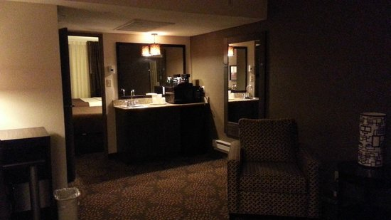 Holiday Inn & Suites Phoenix Airport North: Sitting room
