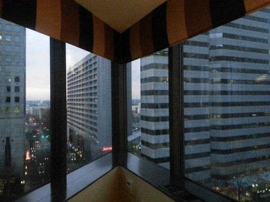Omni Charlotte Hotel:                   Corner Suite- Window and view! (9th floor)