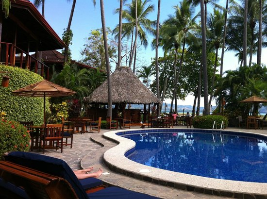 Tambor Tropical Beach Resort:                   pool , bar, dinning