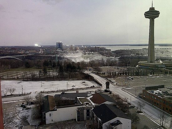 DoubleTree Fallsview Resort & Spa by Hilton - Niagara Falls :                   US falls mostly covered in mist here