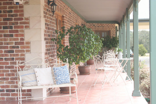 Hunter Valley Bed & Breakfast: Front Verandah