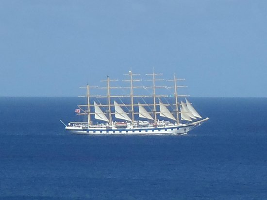 Marigot Palms Luxury Caribbean Guesthouse and Apartments:                   A ship sailing on past the harbour.