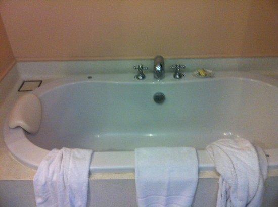 ปิงนครา บูติค โฮเทล แอนด์ สปา:                   Bath!