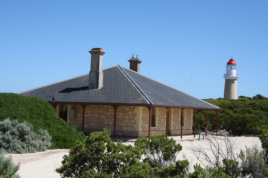 Cape du Couedic Lighthouse Keepers Heritage Accommodation: Cape du Couedic Lighthouse Keeper's Cottage and Lighthouse