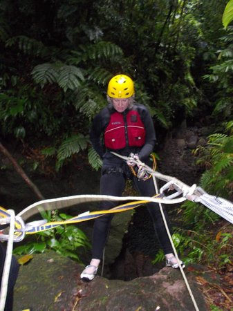 Extreme Dominica Canyoning:                   Repelling...