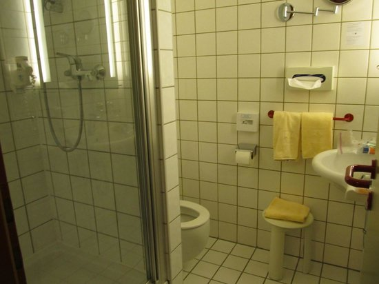 Parkhotel Brunauer: bathroom