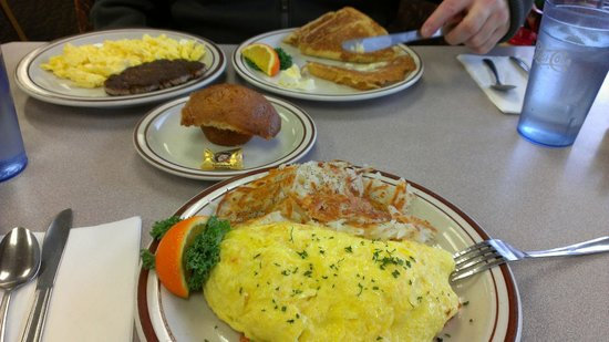 Bette's Place:                   Smoked Salmon Omelet Delicious