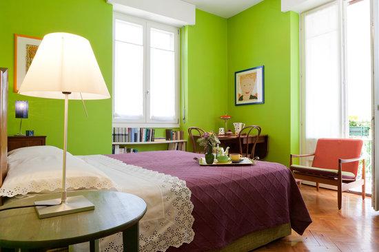 camera verde con balcone - Picture of B&B Il Ghiro, Verona ...