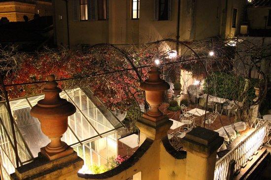 Hotel Tornabuoni Beacci:                   屋上にあるテラス