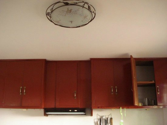 Nirvana Beach Resort: cupboards
