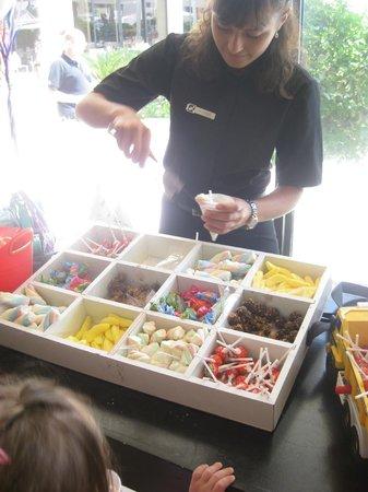 Isrotel Lagoona:                   candys