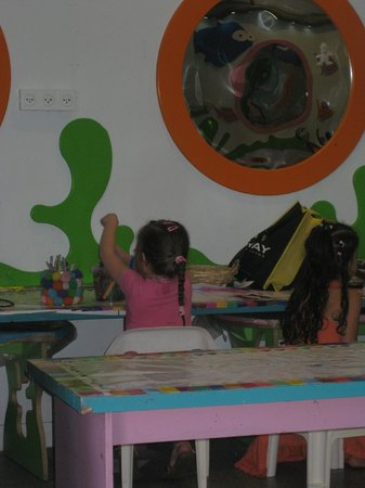 Isrotel Lagoona:                   Kids Club