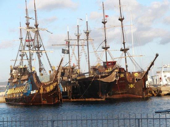 Yasmin Hammamet :                   The Pirate Ships