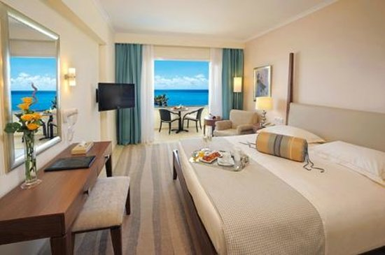 Alexander The Great Beach Hotel: Deluxe Room Sea View