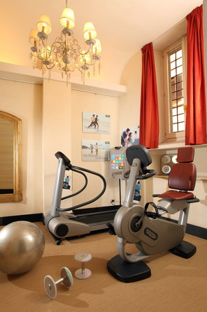 Hotel Adriano: Fitness Technogym