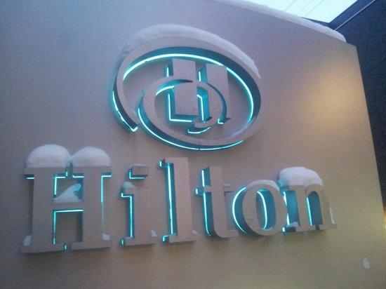 Hilton Toronto:                   hotel sign