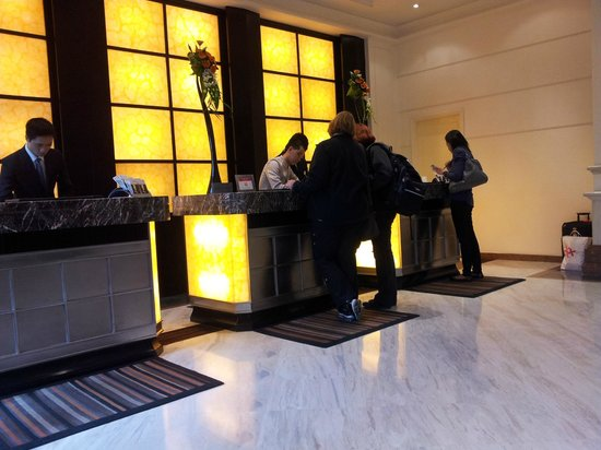 Movenpick Hotel Hanoi : Reception