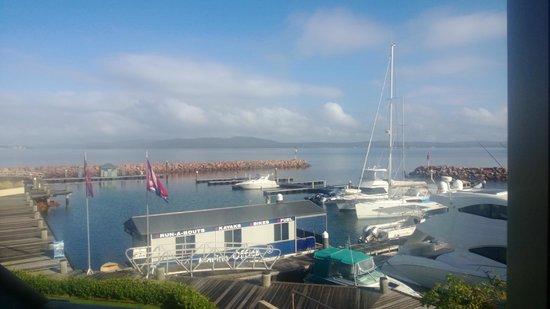 Anchorage Port Stephens:                   Room Vista