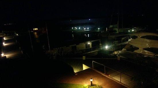 Anchorage Port Stephens:                   Room Vista @ Night
