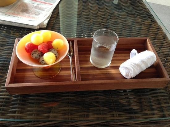 Beyond Resort Khaolak:                   welcome drink, fruits and cold towel