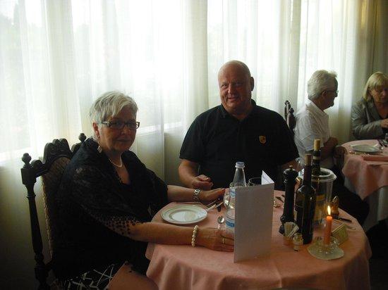Hotel Abano Verdi Terme:                   Essen und Personal sind Spitze