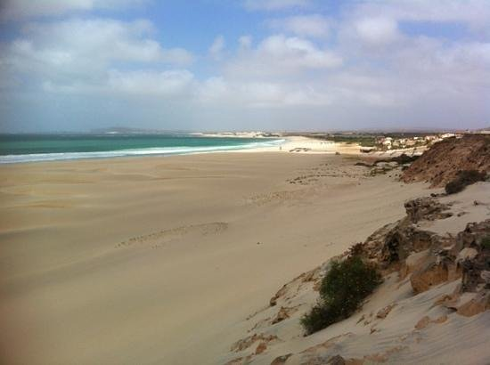 Royal Horizon Boa Vista:                   great beach for kite surfers but no swimming