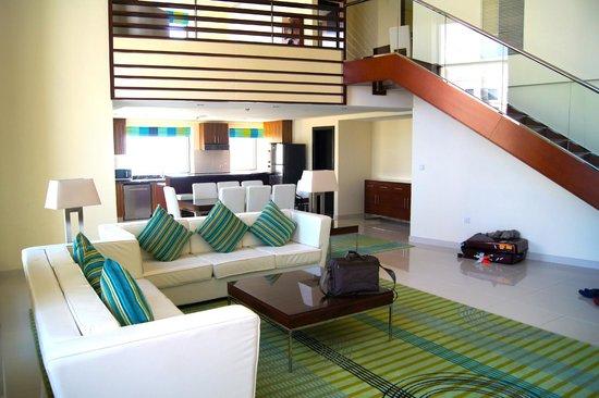 D Exhibition Jbr : Living room picture of hilton dubai the walk