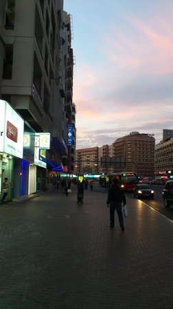 Rush Inn :                   to the hotel from alfahidi station
