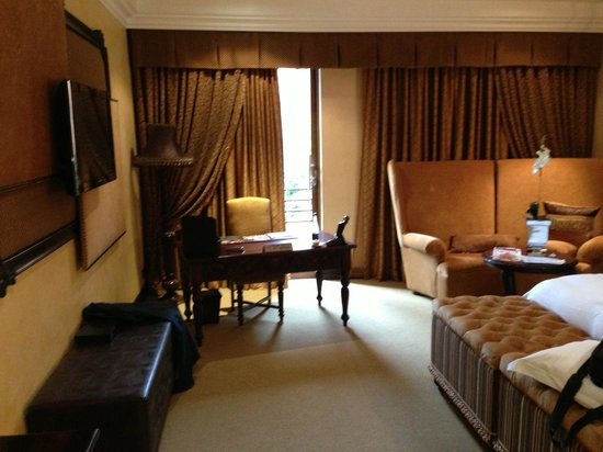 Fusion Boutique Hotel: Large rooms, well appointed